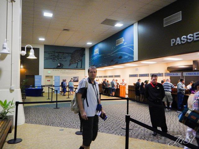 Bild Der Wartebereich im Cruise Terminal Honolulu