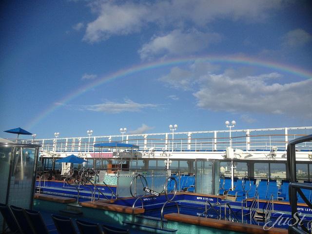 Bild Regenbogen auf der Pride of America