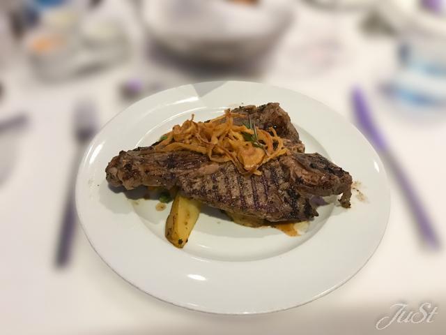 Bild T-Bone Steak mit Kartoffelecken