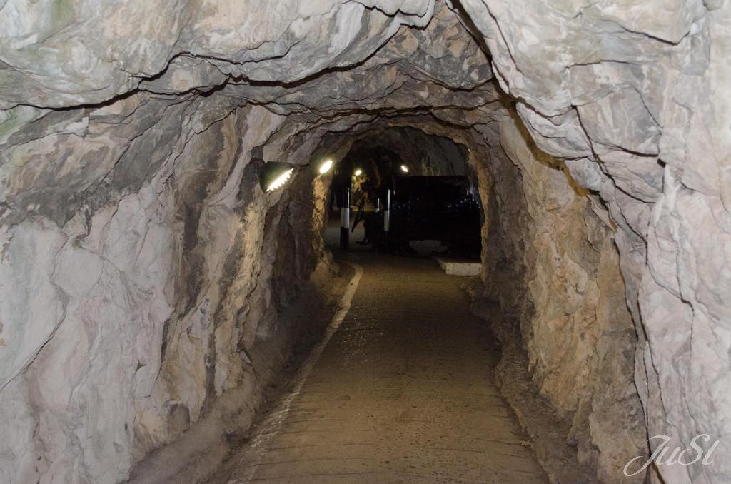Bild Die Belagerungshöhle