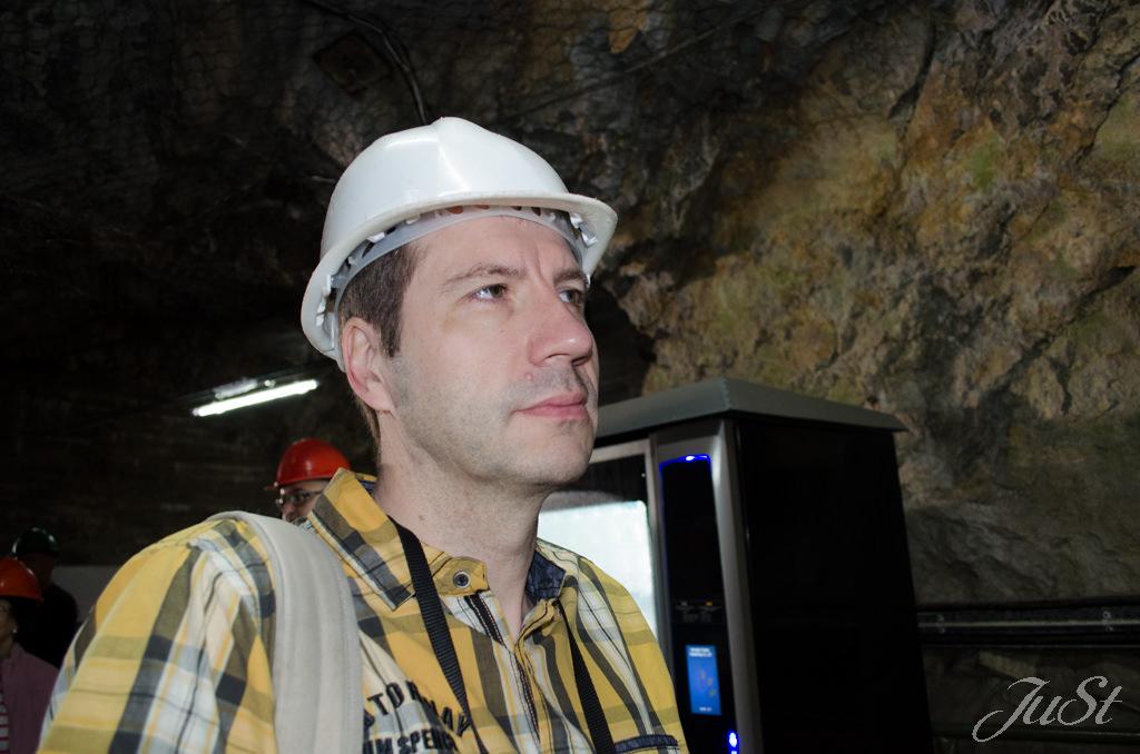 Bild Alex in den WW2-Höhlen