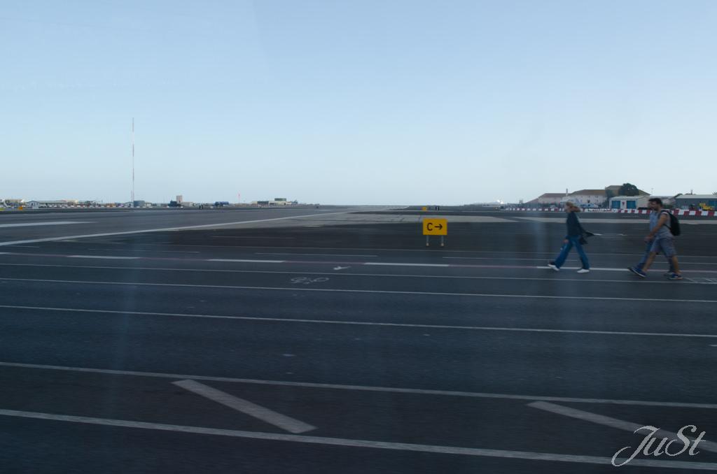 Bild Start und Landebahn Gibraltar