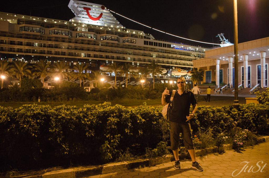Alex im Hafen von Alexandria