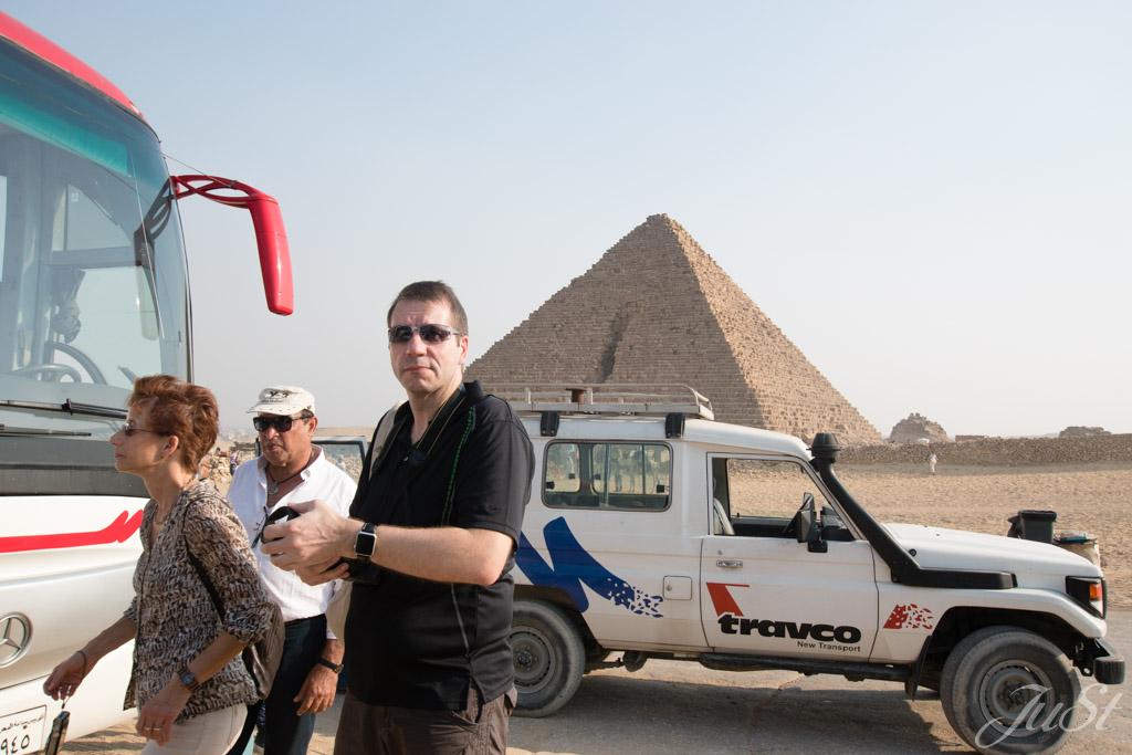 Abfahrt von den Pyramiden