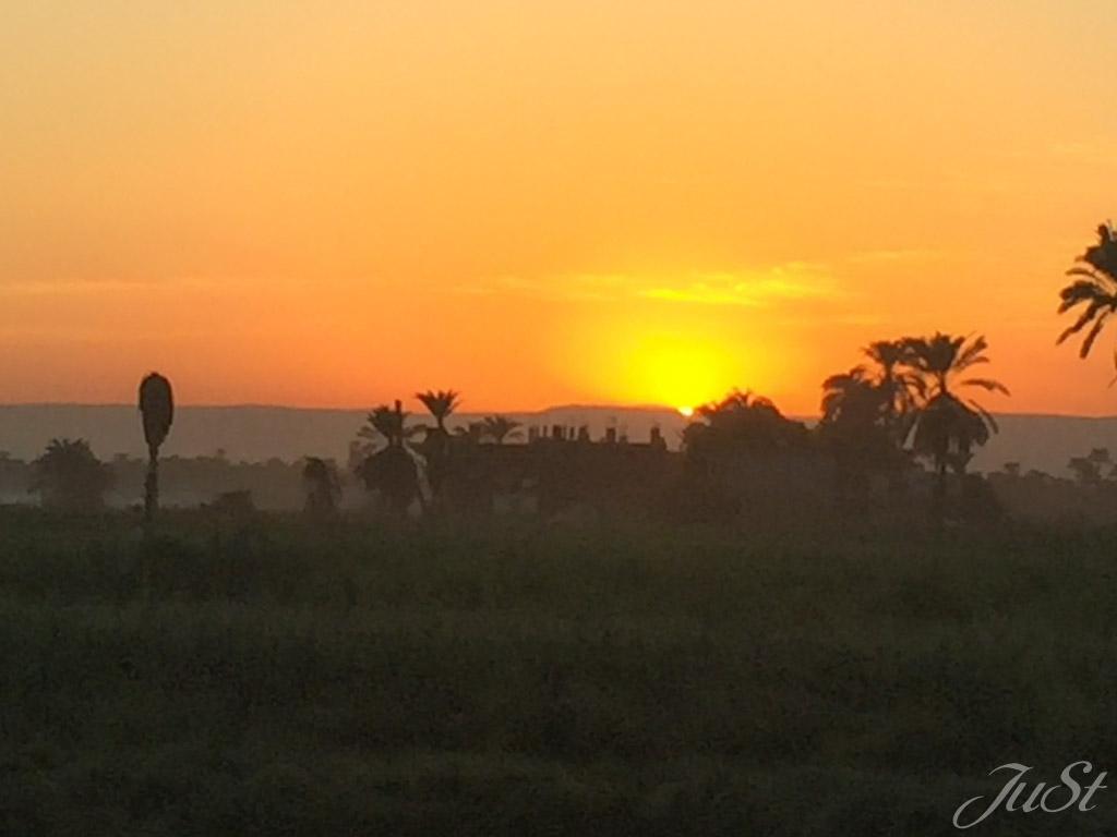 Sonnenuntergang Luxor