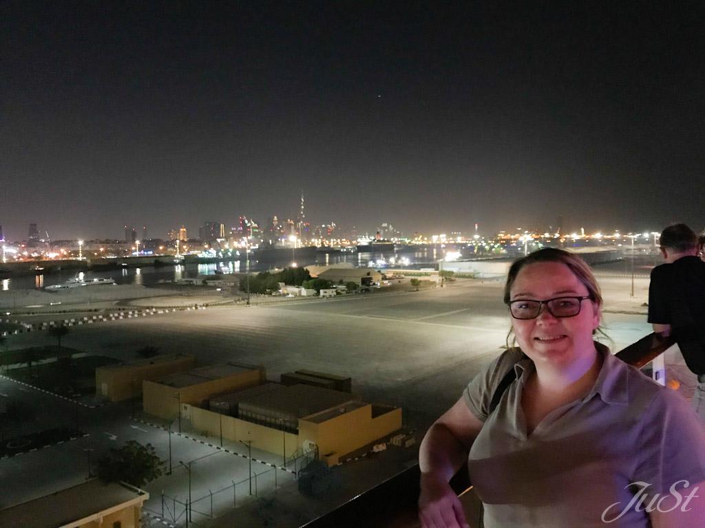 Dubai bei Nacht von der MS 1