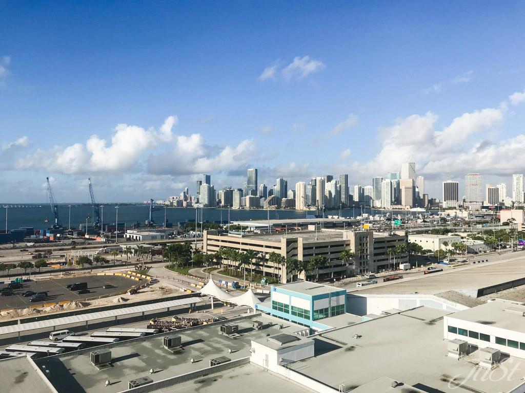 Blick auf Miami von Schiff