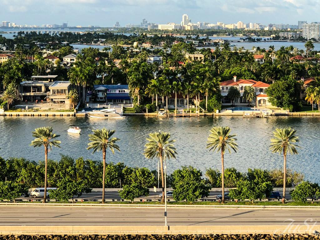 Blick auf Miami beim Auslaufen