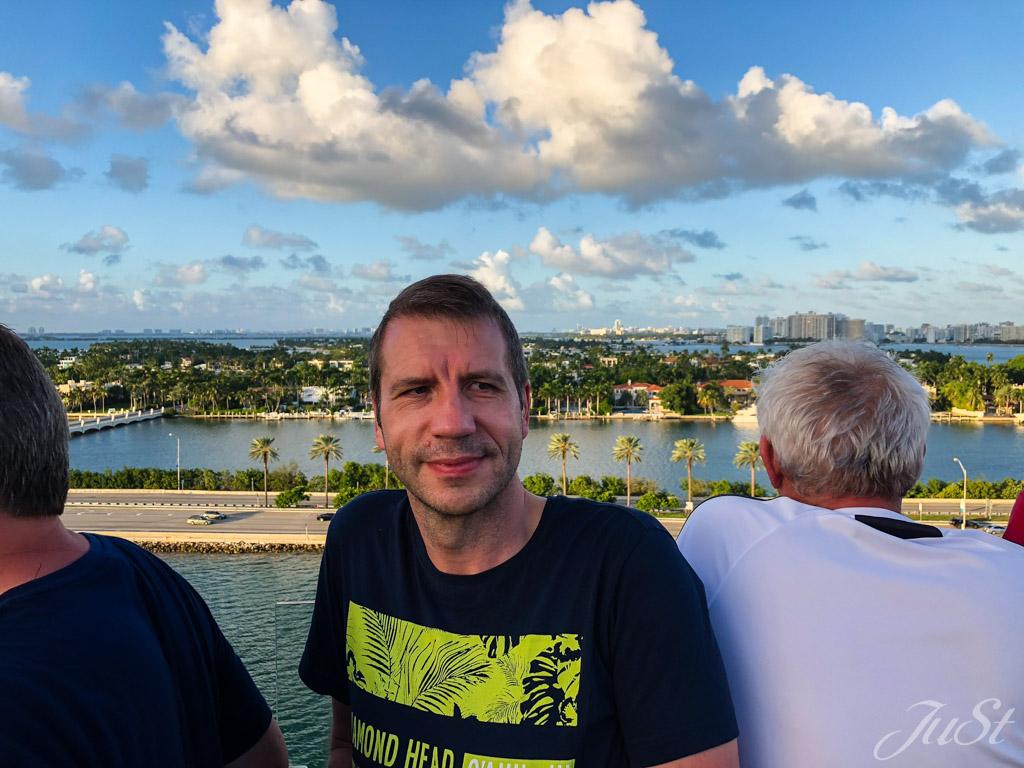 Alex beim Auslaufen in Miami
