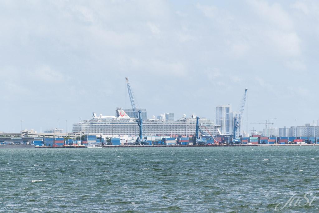 Mein Schiff 6 in Miami