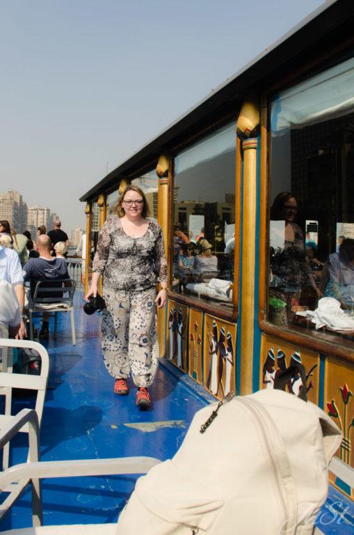 Oberdeck des Nilschiffes in Kairo