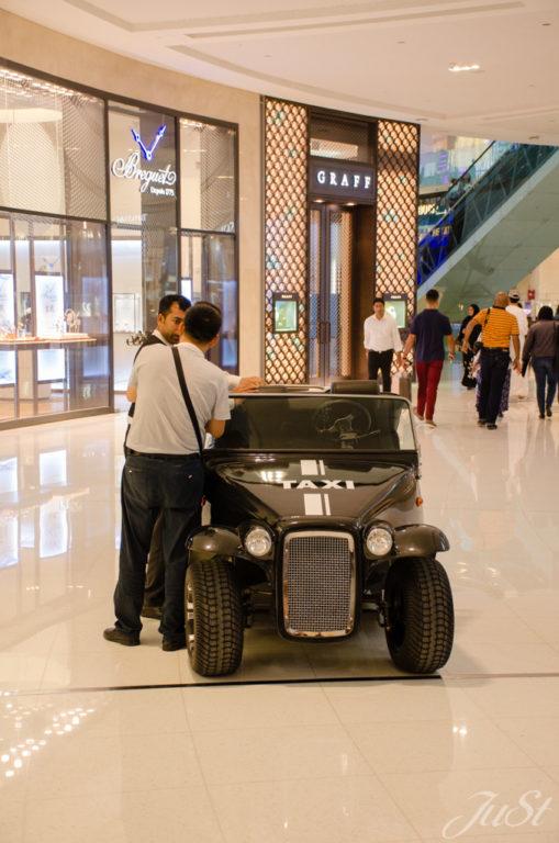 Taxi Dubai Mall