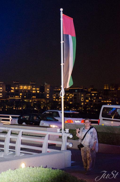 Jule vorm Burj Al Arab