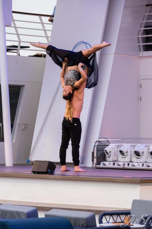 Akrobaten auf der Mein Schiff 6